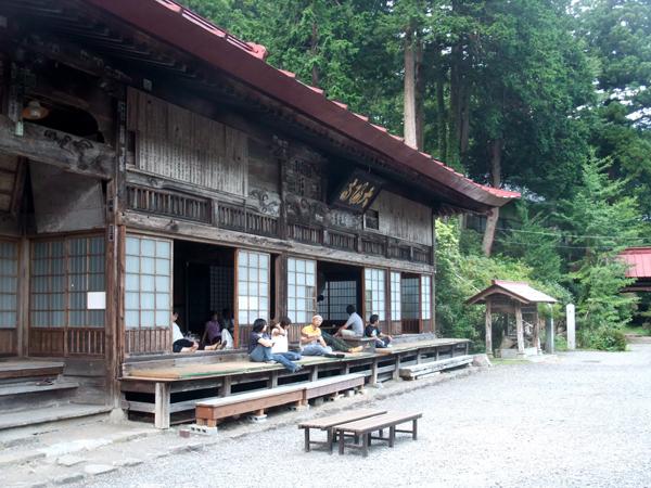 山の中の宿坊