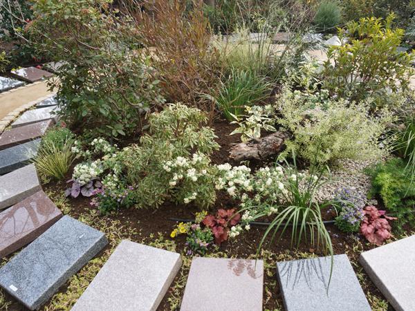 アンカレッジ樹木葬墓地