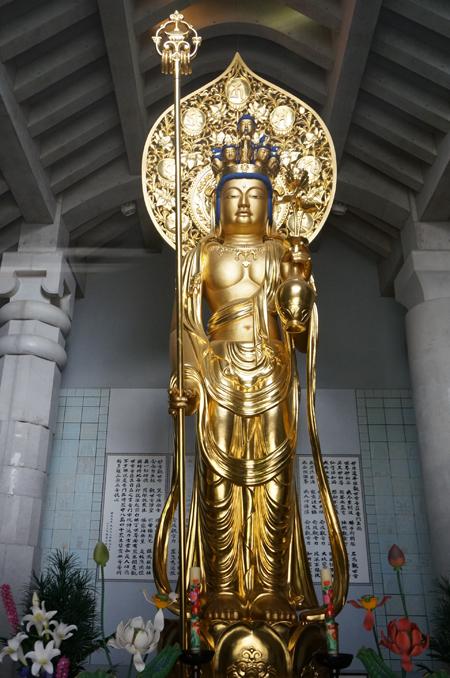 東京・光源寺の十一面観音菩薩