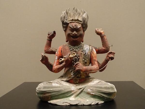 愛染明王坐像(和歌山県立博物館)
