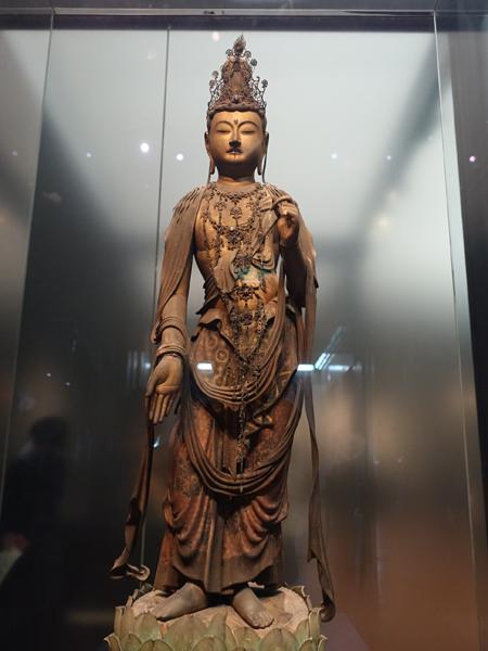 東京国立博物館の菩薩立像